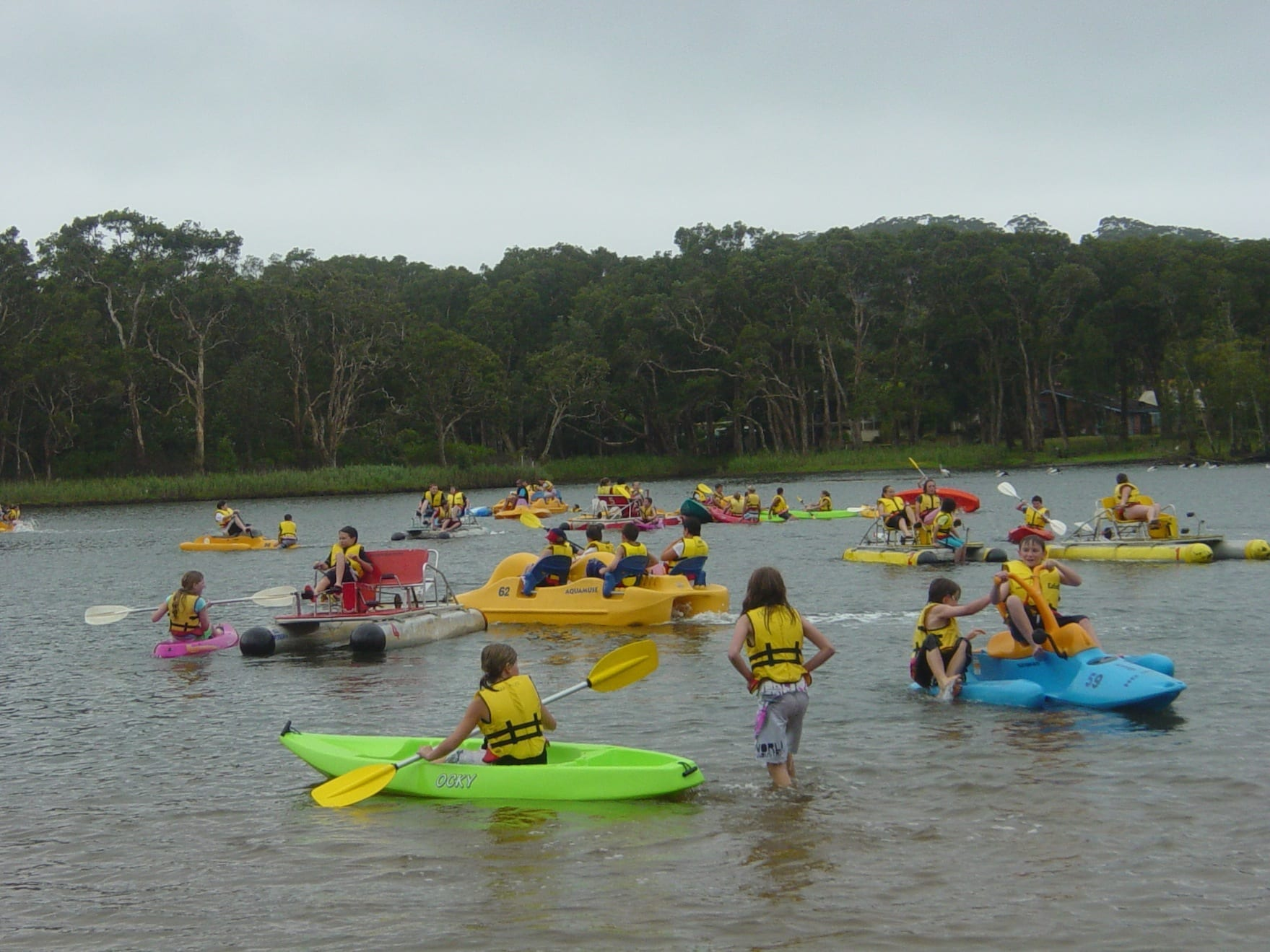 A large group of kids on the water at Aquafun Avoca Lake